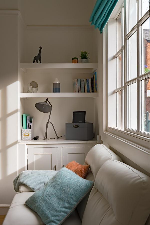 Rozważ instalację rolet okiennych nie tylko w sypialni