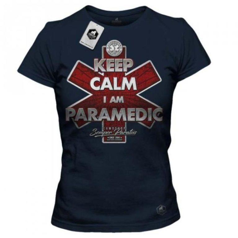 Stylowe koszulki posiadające nadruk o medycznej stylistyce