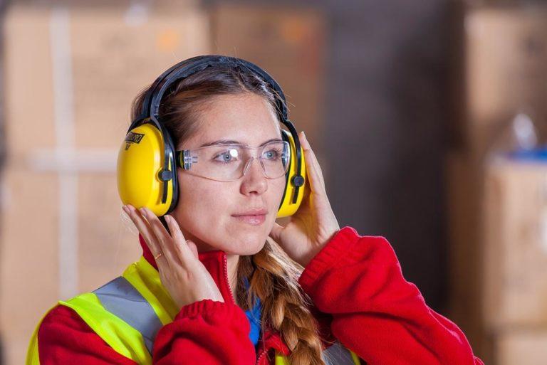 W jakiej firmie kupujesz dla swoich pracowników odzież ochronną?